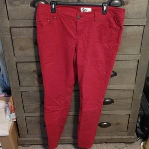 Red skinny pants / jeans